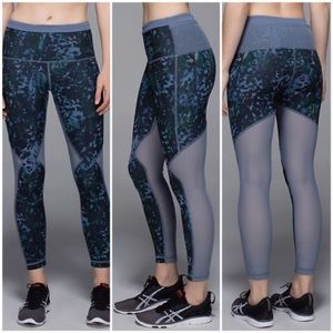 🍋Lululemon Running in the City 7/8 Tight Floral